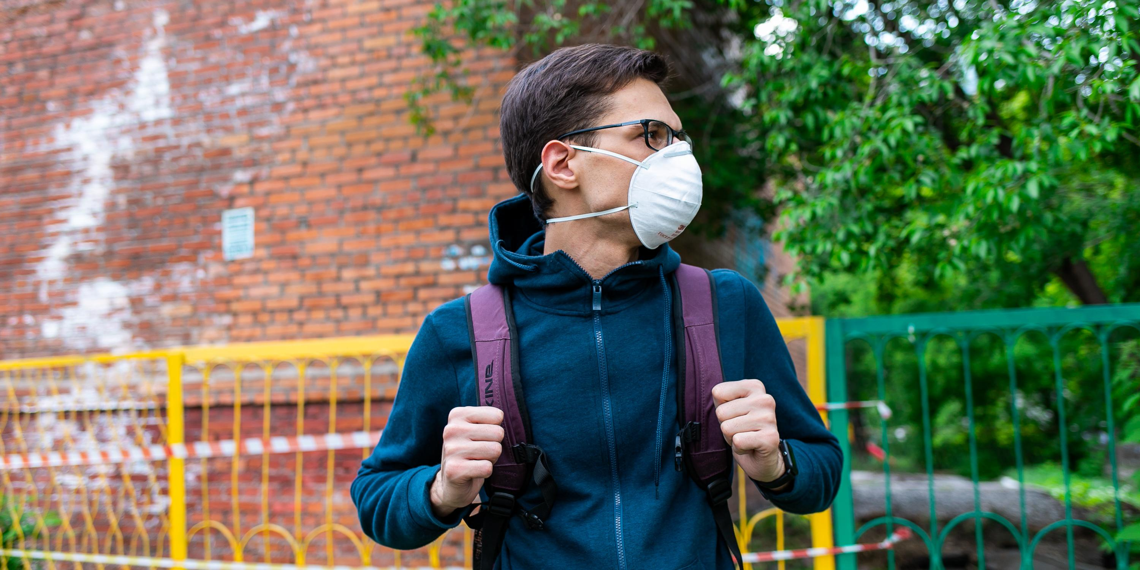 Число выявленных случаев коронавируса в России увеличилось на 8 831