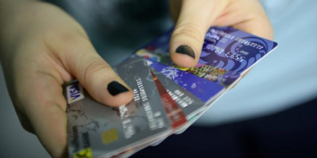 Госдума разрешила банкам блокировать деньги россиян