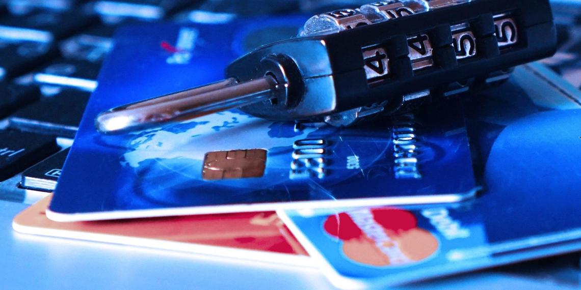 В ЦБ назвали критерии карт и электронных кошельков, вовлеченных в теневой бизнес