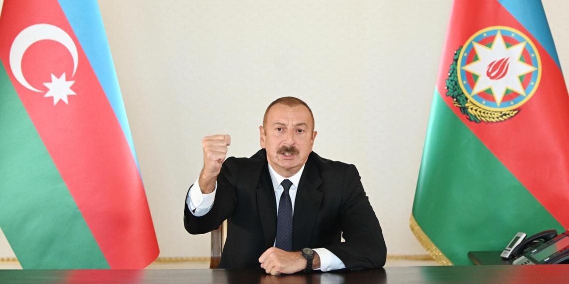 """Алиев потребовал от Армении """"серьезно подумать о своем поведении"""""""