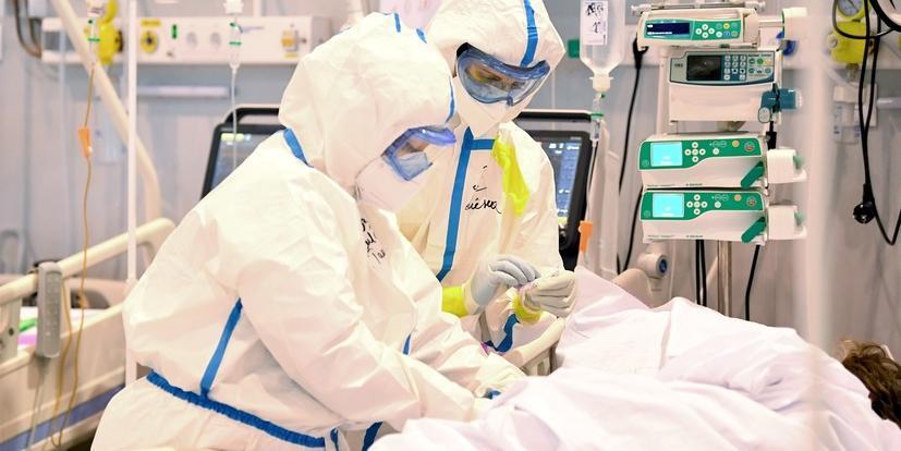 В Москве второй день подряд фиксируется рекордная смертность от COVID-19