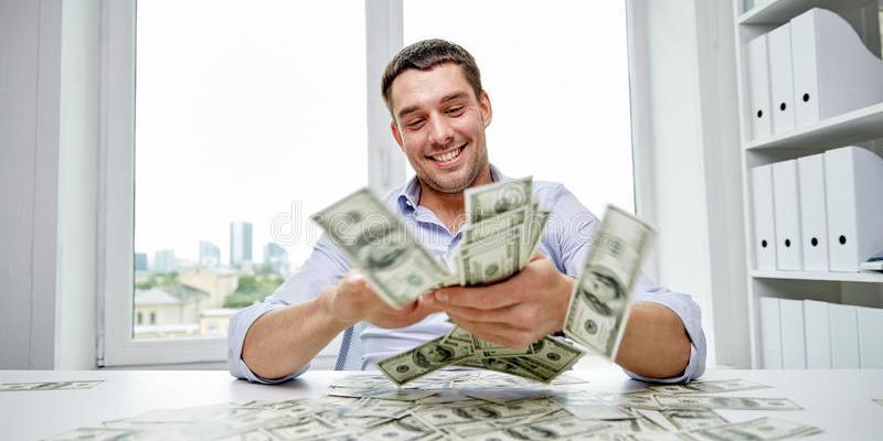Мужчина разбогател на полмиллиона долларов благодаря тому, что ослушался жену