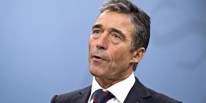 """Бывший генсек НАТО призвал США стать """"мировым полицейским"""""""