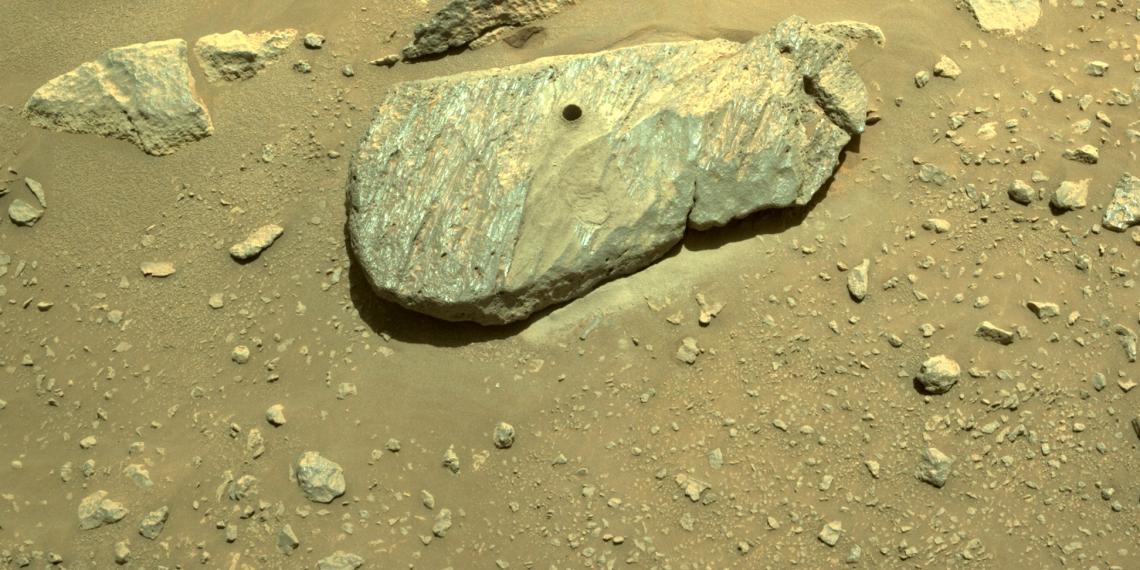 Perseverance взял первый образец марсианского грунта