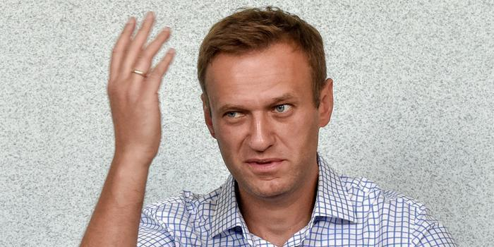 Эксперт объяснил необходимость замены условного срока Навальному реальным