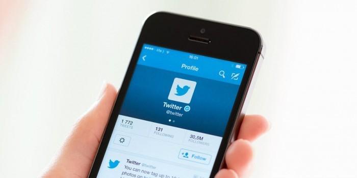 Twitter перестанет показывать ленту новостей в хронологическом порядке