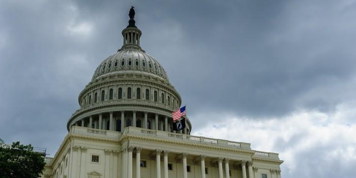 """Конгресс США создаст структуру по противодействию """"тайному влиянию России"""""""