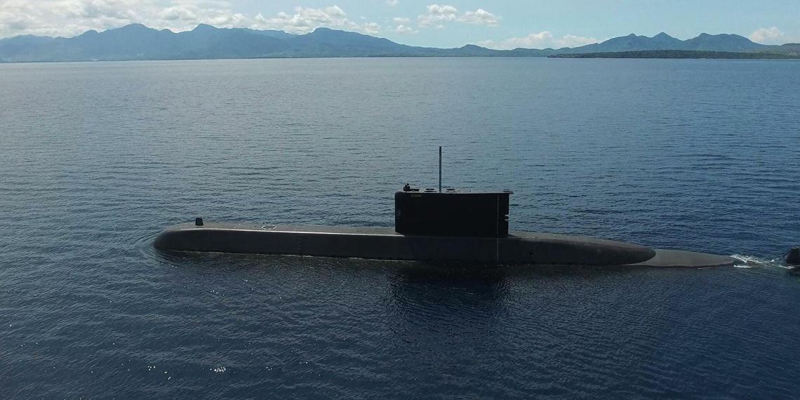 Индонезия потеряла подводную лодку у берегов Бали