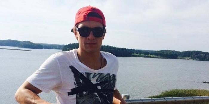 """Латвийский спортсмен, основавший """"имарат"""", сжег себя у Вечного огня"""