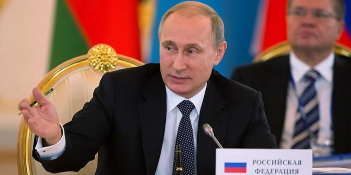 Владимир Путин: мы помогали и будем помогать Сирии в борьбе с терроризмом