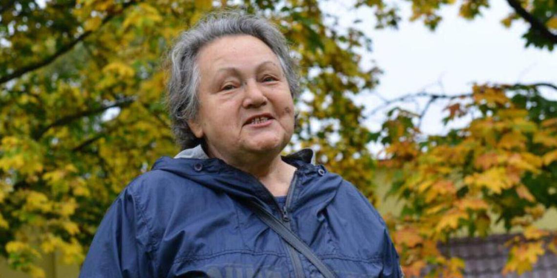 Белорусская милиция оштрафовала пенсионерку за выражение протеста бело-красно-белой пастилой