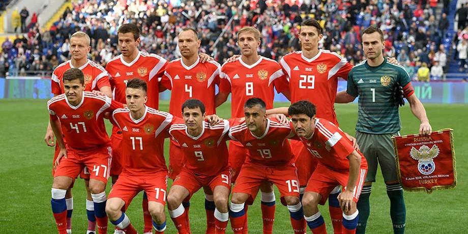 Британцам под звуки балалайки рассказали о слабом уровне российского футбола