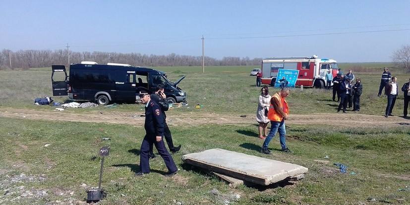В Крыму электричка столкнулась с микроавтобусом, 5 человек погибли