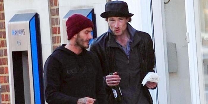 Дэвид Бекхэм угостил лондонского бездомного бургером и пивом