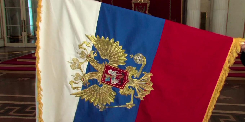 Почему при внесении поправок в Конституцию РФ не требуется референдум?
