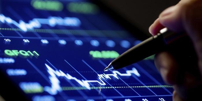 Рынок акций РФ сокращает потери после победы Трампа