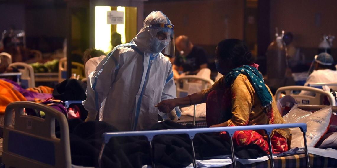 Индийские вирусологи предупредили о невероятной заразности нового штамма