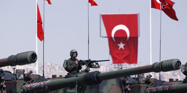 Турецким военным запретили проводить отпуск в России
