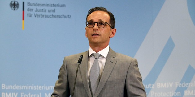 Минюст Германии осудил высказывания мэра Кельна о домогательствах мигрантов