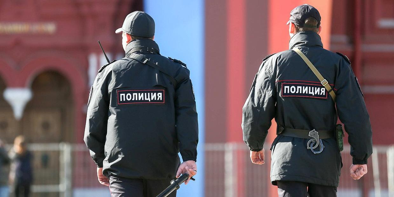 """В Москве инспектор ППС вымогал у задержанного 4 млн, но ограничился его """"Солярисом"""""""