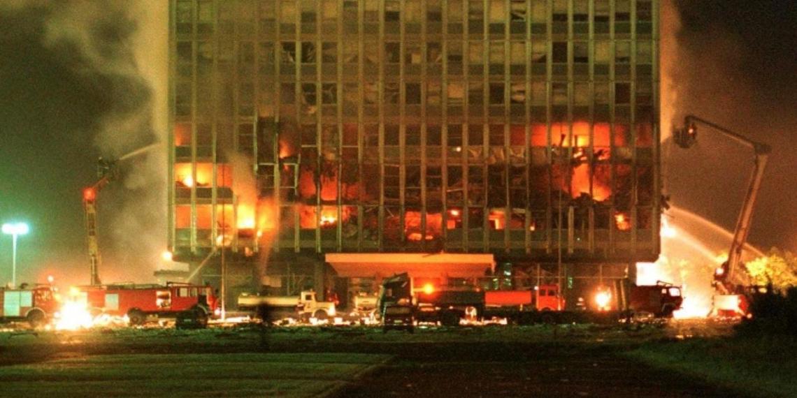 Посол ФРГ вызвал возмущение в Сербии словами о необходимости бомбардировок 1999 года