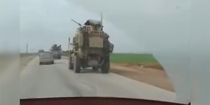 Опубликовано видео инцидента с участием бронемашин России и США в Сирии