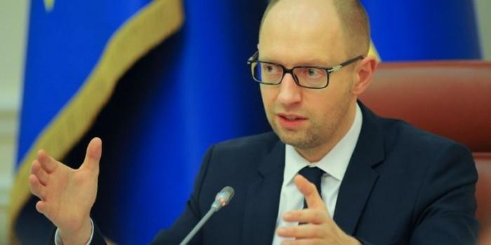 Яценюк назвал потери от введения российского продэмбарго