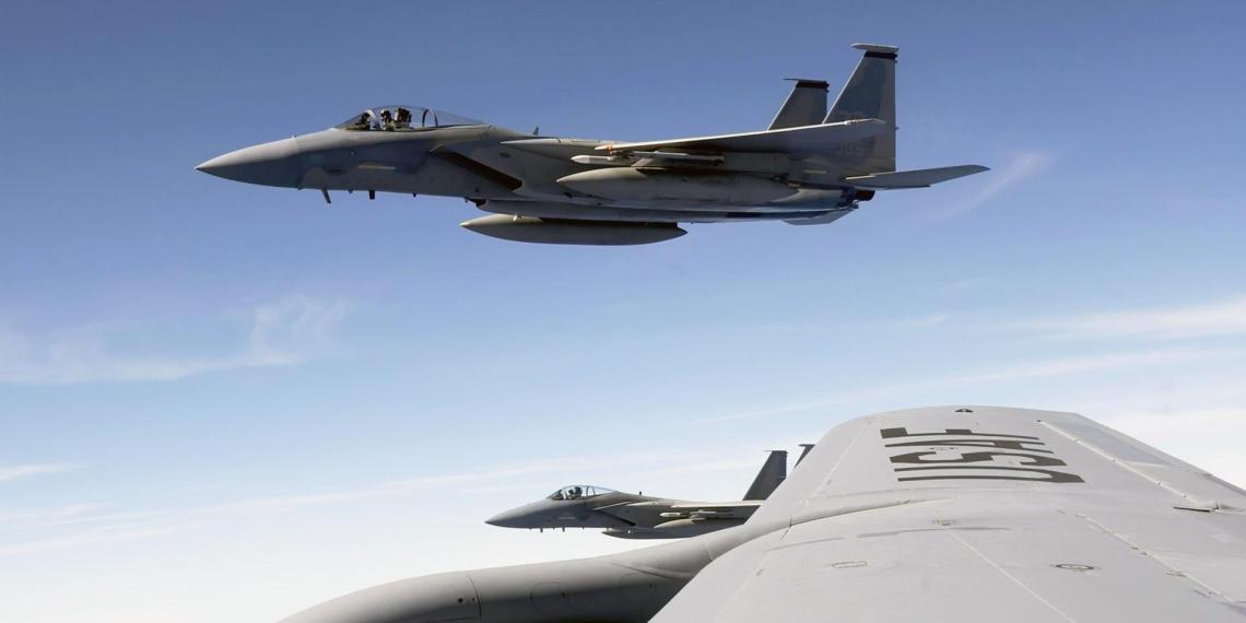 В Польшу прибыли десятки военных самолетов из США