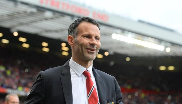 """Тренер """"Манчестер Юнайтед"""" принес извинения брату за секс с его женой"""