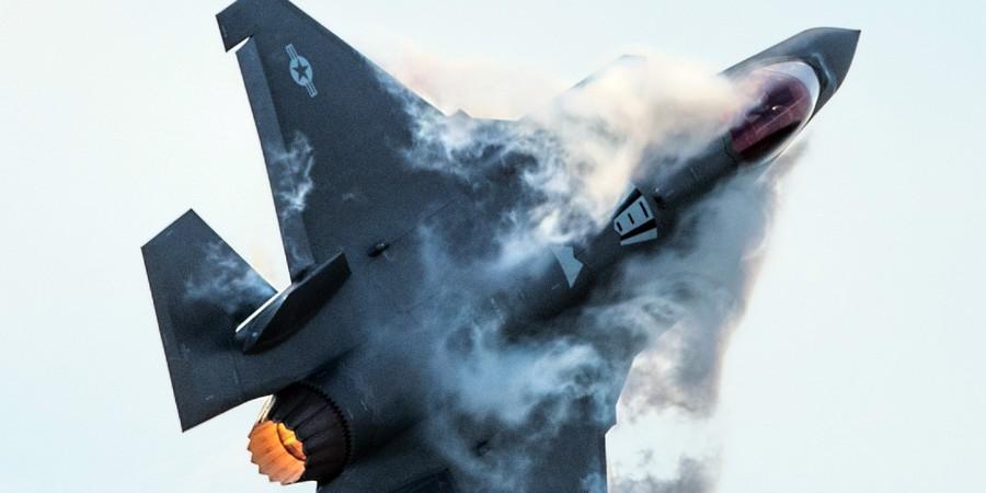 ВВС США отработали у границ России боевой вылет F-35