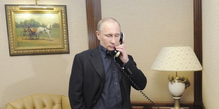 """В Госдепе назвали """"очень конструктивным"""" разговор Трампа и Путина"""