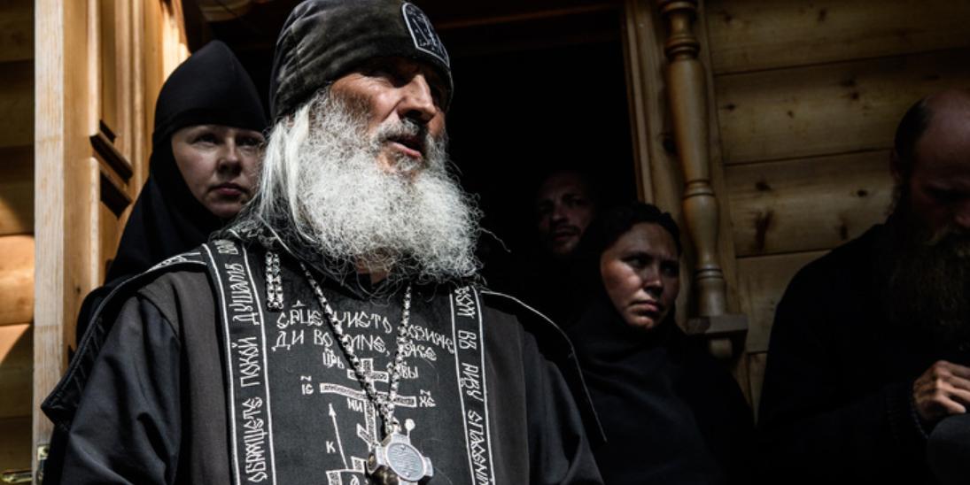 Сторонники схимонаха Сергия атаковали очередной храм на Урале
