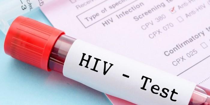 Зараженную ВИЧ-диссидентку будут судить за отказ лечить от вируса двухлетнюю дочь