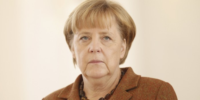 """Меркель пригрозила Турции выводом войск с базы """"Инджирлик"""""""