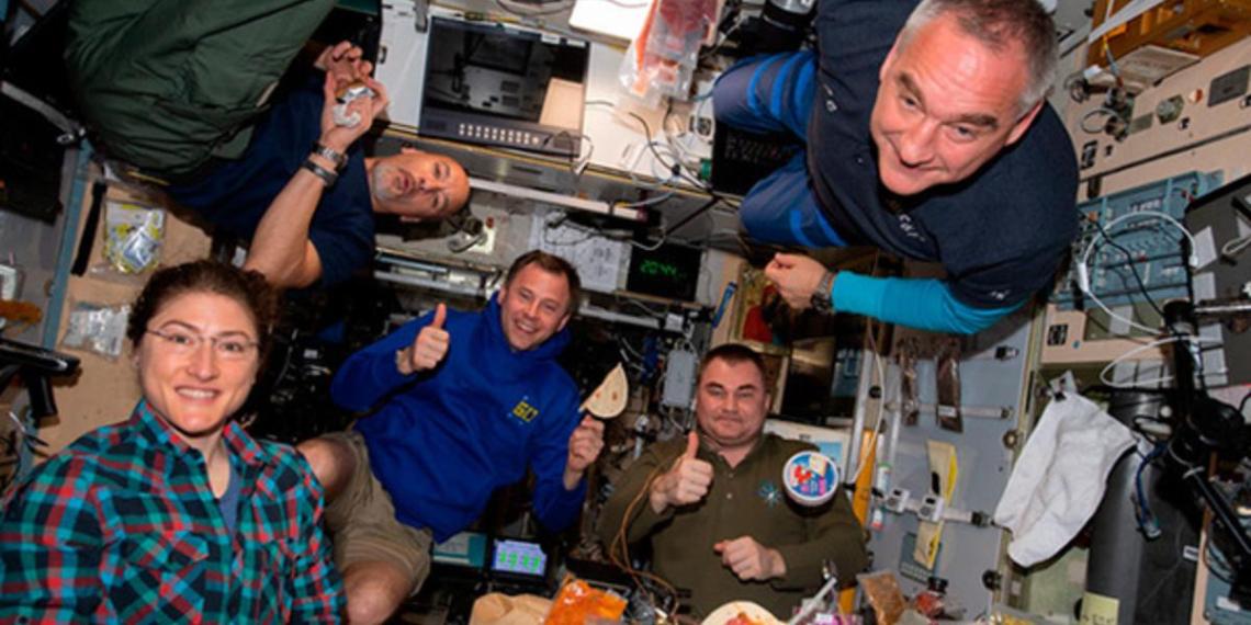 Космонавт пожаловался на тесноту МКС