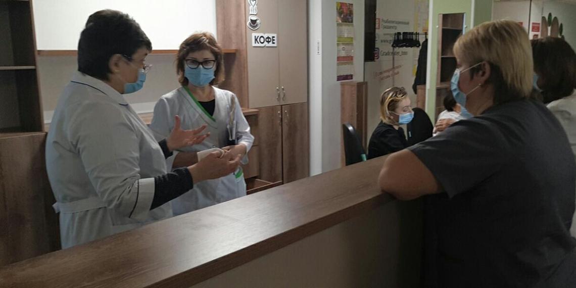 Российские страховщики начали страховать от коронавируса