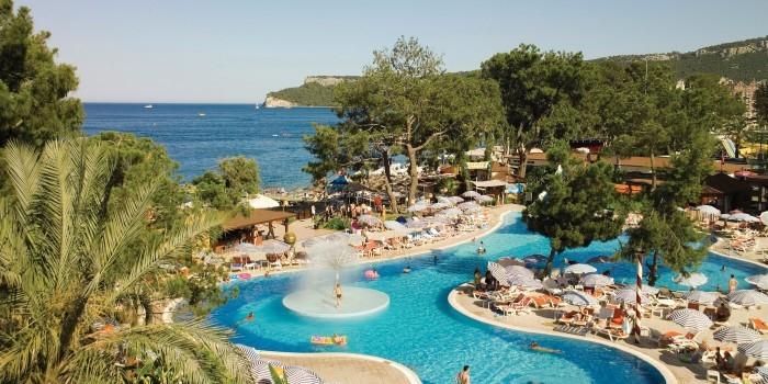 Старт продаж туров в Турцию понизил цены на другие курорты
