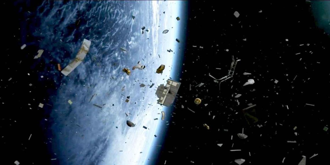 Российская космическая разведка сможет распознавать орбитальные объекты от 8 см
