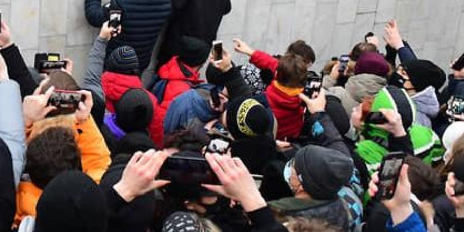 Ярославская: 173 протокола составлены в отношении родителей, чьи дети приняли участие в несанкционированной акции