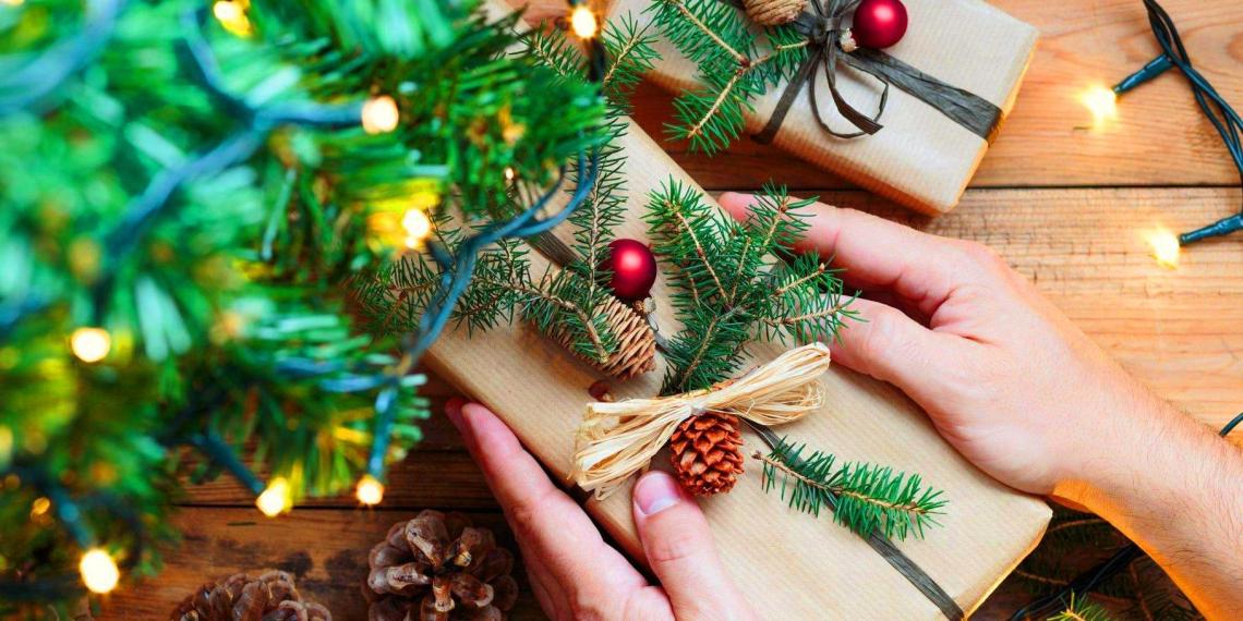 Россияне назвали лучшие новогодние подарки