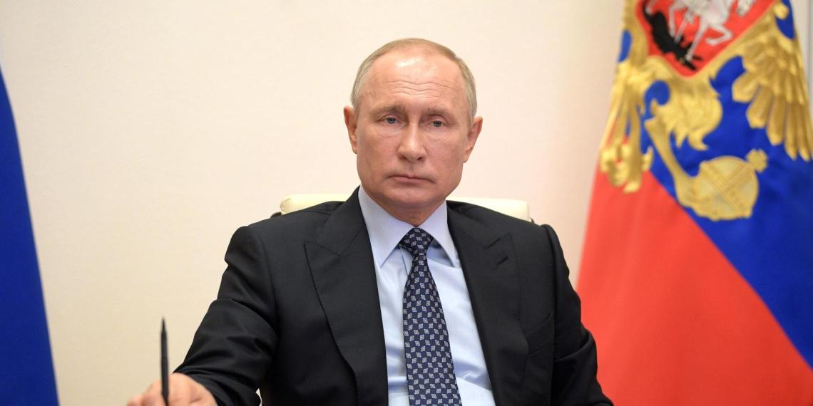 Путин: ситуация с коронавирусом показала, какое сильное и здоровое общество в России
