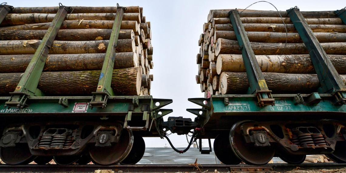 Китай перестал принимать российские лес и уголь, на границе заторы