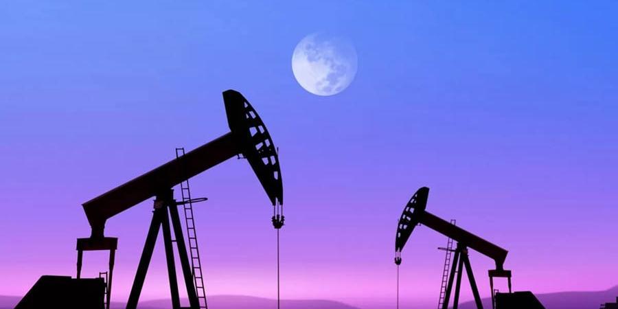 Россия снизит нефтедобычу больше всех в мире