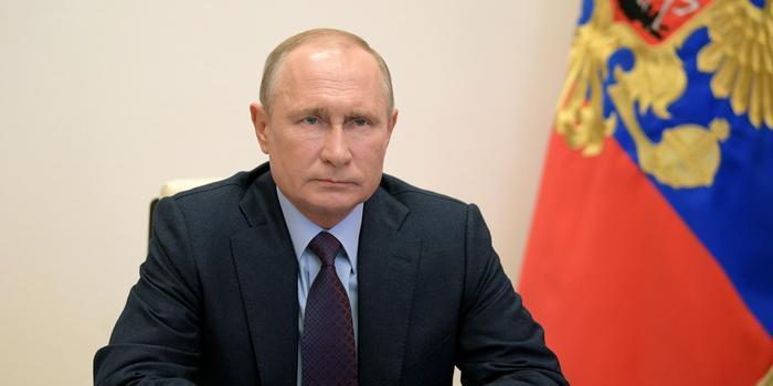 Путин возмутился привлечением детей к незаконным акциям