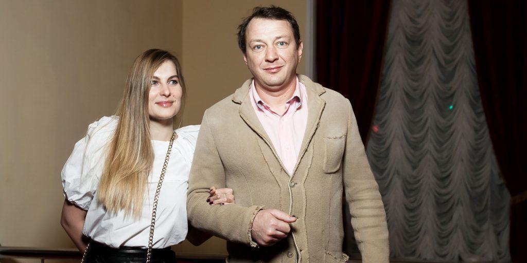 """""""Папа маму бах"""": бывшая жена Башарова пожаловалась, что актер калечил ее на глазах у сына"""