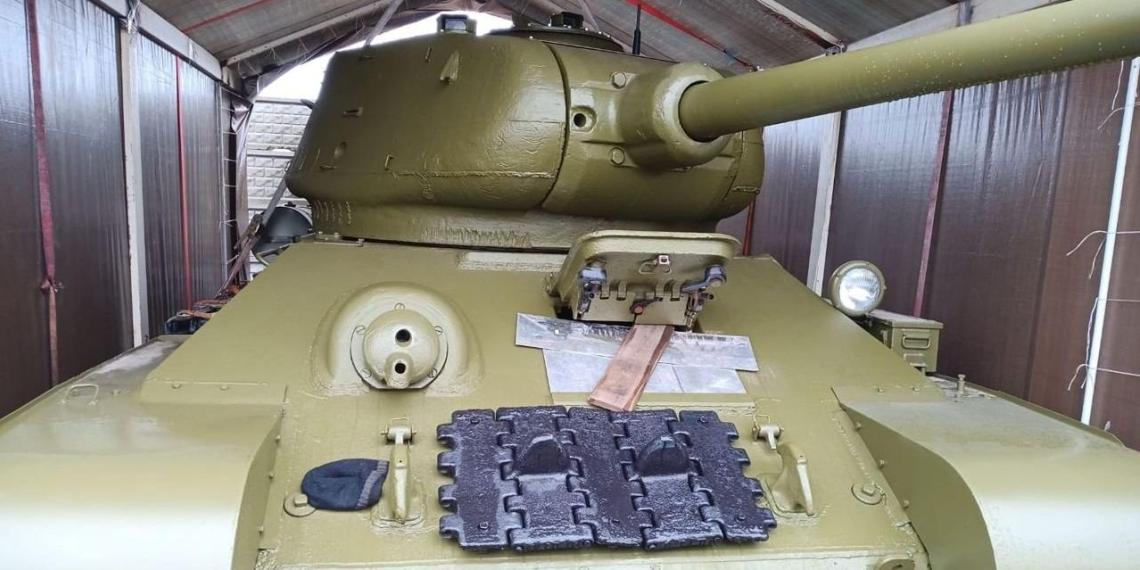 Россиянин выставил на продажу танк Т-34 1945 года выпуска