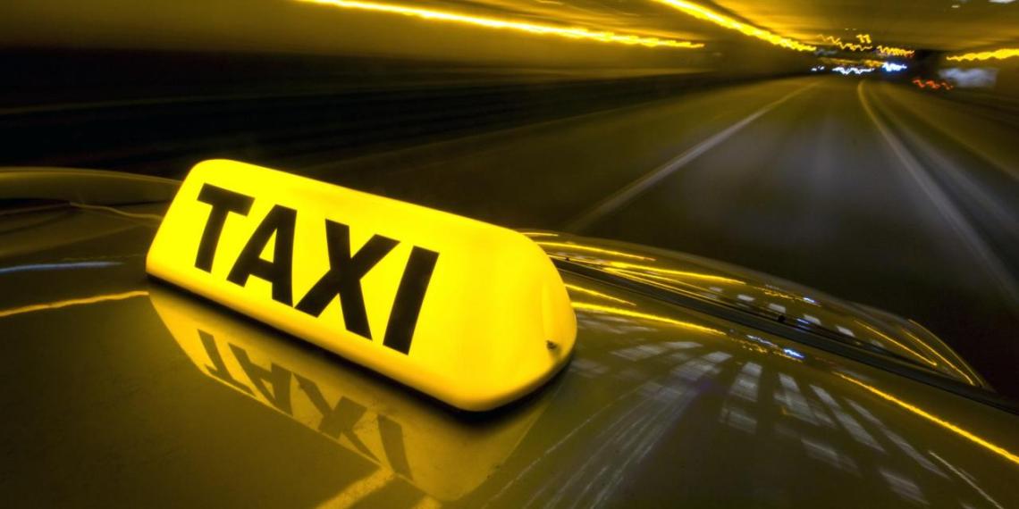 В Новосибирске завели дело на таксиста, отказавшегося везти девушку-инвалида