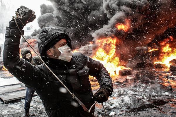 Годовщина Евромайдана: Половина украинцев не поддерживала переворот с самого начала