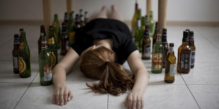 При лечении алкоголизма абсолютная трезвость не помогает