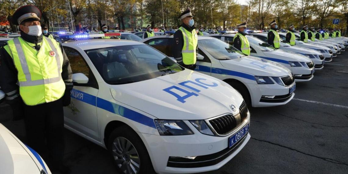 Инспекторам ДПС без формы разрешили фиксировать нарушения